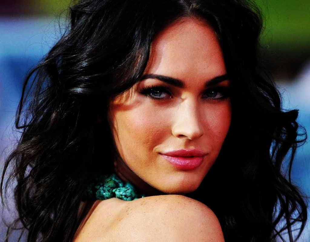Top 5 Most Beautiful Women in The World